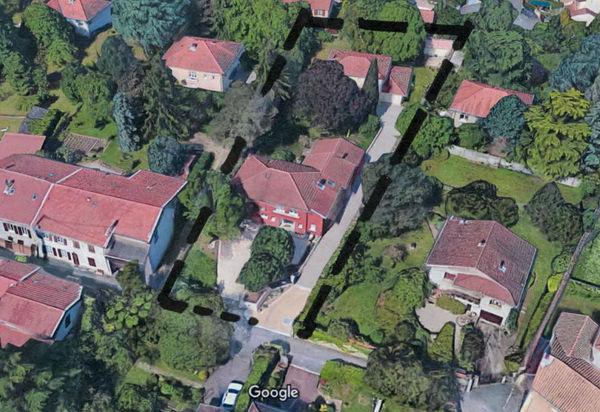 Terrain à diviser avec maison existante