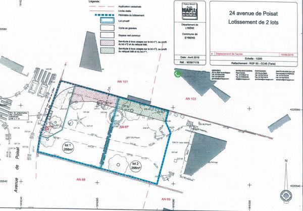 Division de terrains Eybens création de deux maisons